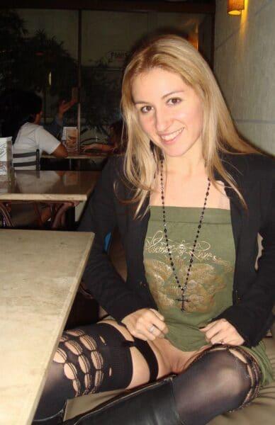 Femme libertine soumise pour gars domi de temps en temps disponible