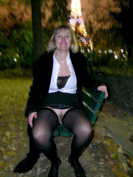 Pour un plan sexe torride avec un homme séduisant sur Saint-Pierre-des-Corps