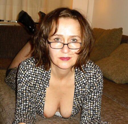 Très belle femme coquine qui a envie d'un plan sexe