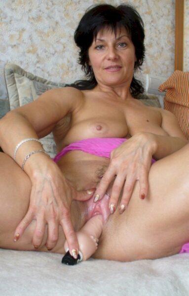 Une femme infidèle sexy de La Seyne-sur-Mer qui se sent seule